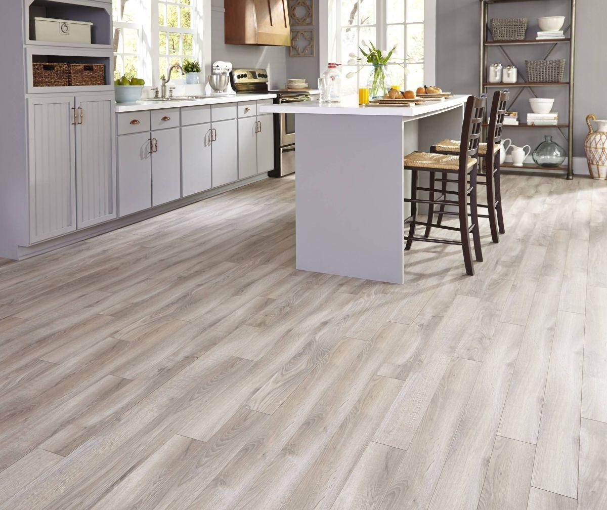 Đánh giá sàn gỗ Laminate và sàn gỗ Vinyl, sàn gỗ nào tốt hơn?