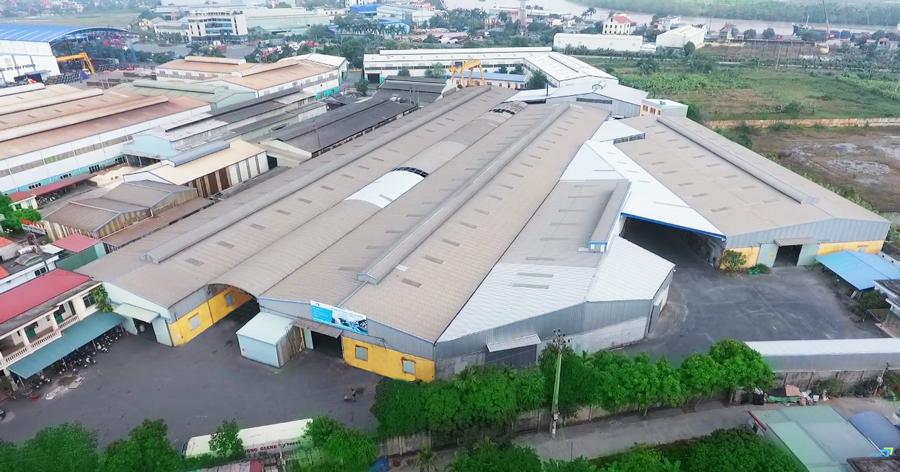 Xưởng chứa gỗ công nghiệp của Công ty TNHH Hiếu Hương