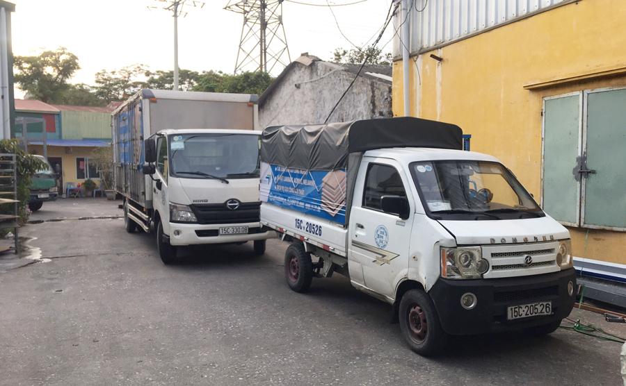 Đội xe vận tải công ty Hiếu Hương