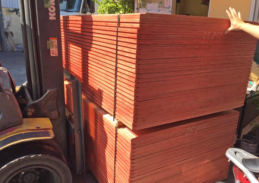 Gỗ ván sàn container tại Hải Phòng